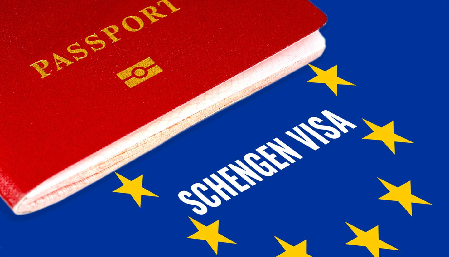 shu-Schengen-Visa-663124120-Photo-Veterok-1440x823